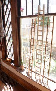 Echelle en bois décorative